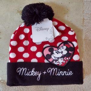 Womens Disney Mickey and Minnie beanie